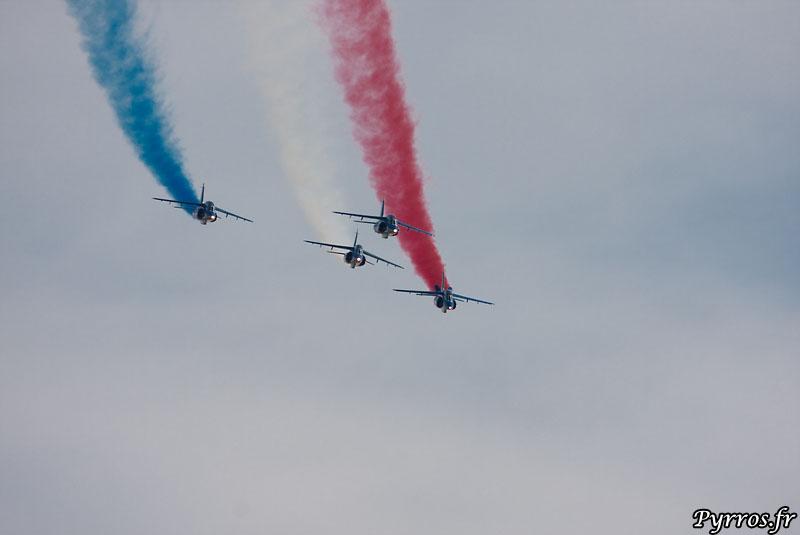 Patrouille de France (PAF) , vol en formation