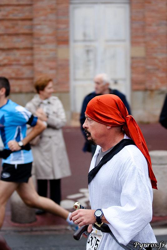 premier kilomètre à St Cyprien, le pirate participe aussi