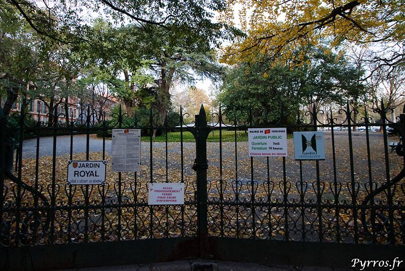jardin fermé pour cause d'intempérie : de vent d'Autan