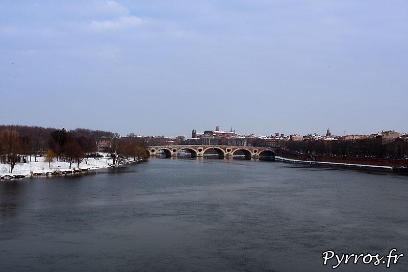 Neige à Toulouse, Pont Neuf.