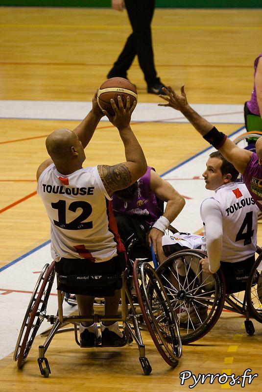 Euro Ligue 2 (handibasket) Tour préliminaire Toulouse IC vs Fundacion Grupo Norte (Espagne), toulouse s'impose en prolongation 90 à 88, Tir au panier