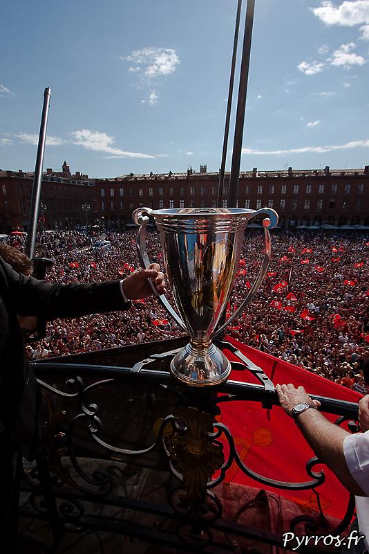 Coupe d'Europe sur le balcon du Capitole