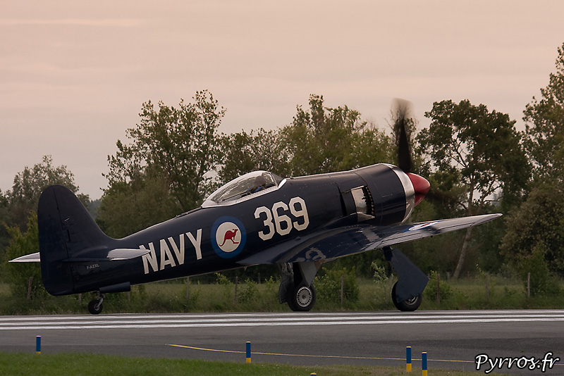 Hawker Sea Fury FB-11 décollage