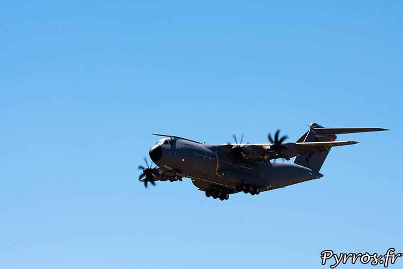 Démonstration de l'Airbus A400M (dit grizzly)
