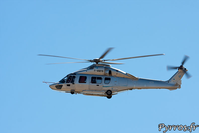 Eurocopter EC-175 (ou Z-15), phase de vol