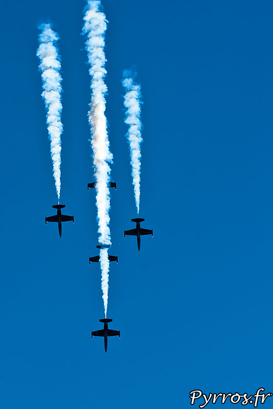 Breitling Jet Team en formation Windrider