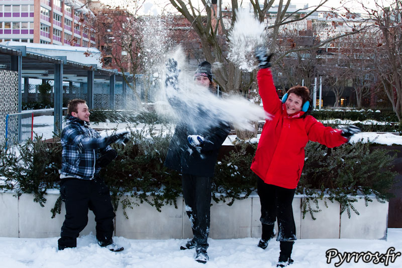 Peu de monde pour cette Bataille Géante de boule de Neige et pourtant une bonne ambiance