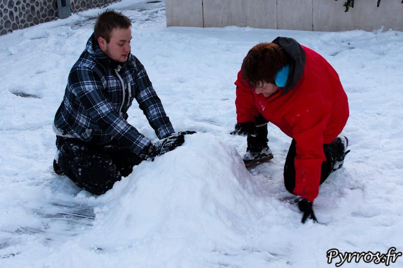 Début de bonhomme de neige ou réserve de neige ?