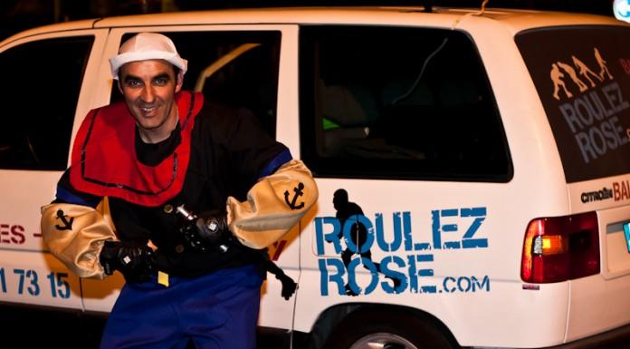Popeye devant la Roulez Rose mobile