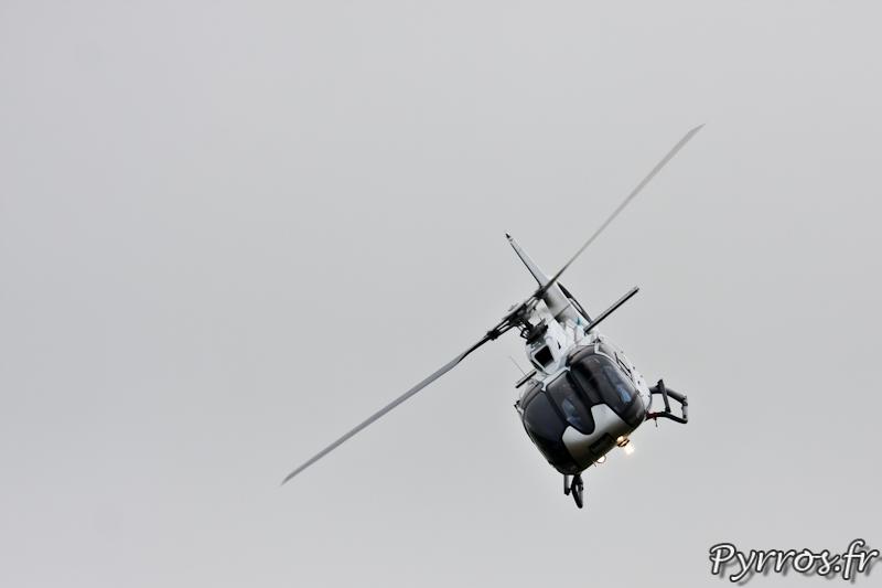 Virage à droite de l'EC130 T2, Airexpo 2012
