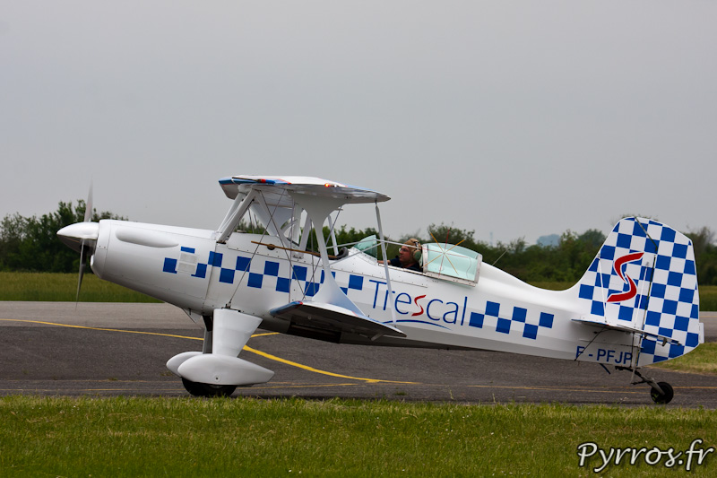 Starduster SA300 au roulage après sa démonstration à Airexpo 2012