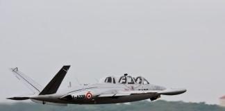 Fouga Magister en rase motte à Airexpo 2012