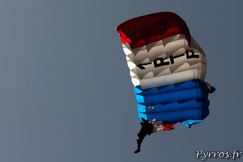 Sous le soleil toulousain parachutiste du 1er RTP
