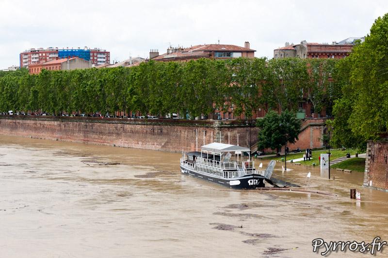 Le quai de la Daurade est sous l'eau