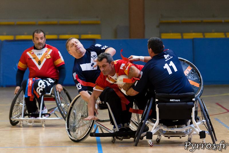 Rugby a XIII handisport, Grosse défense sur le joueurs des Dragons Catalans
