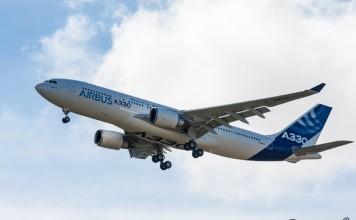 Airbus A330, trains et volets sortis