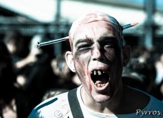 Marche des zombies 2013 à Toulouse, portrait du zombie clouté