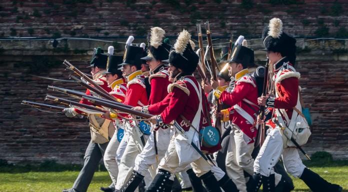 Le 10 avril 1814 les troupes avançaient en rang serré, une cible facile pour les canons et les fusils