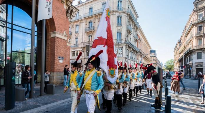 Les toulousains sont surpris par le défilé des britanniques