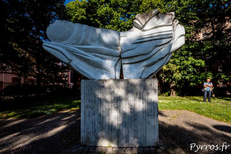 Statue dans le Jardin Aimé Kunc