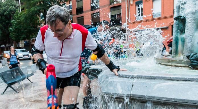 Les fontaines sont l'occasion de s'arroser et de recharger les munitions, ici à la fontaine Belle-Paule