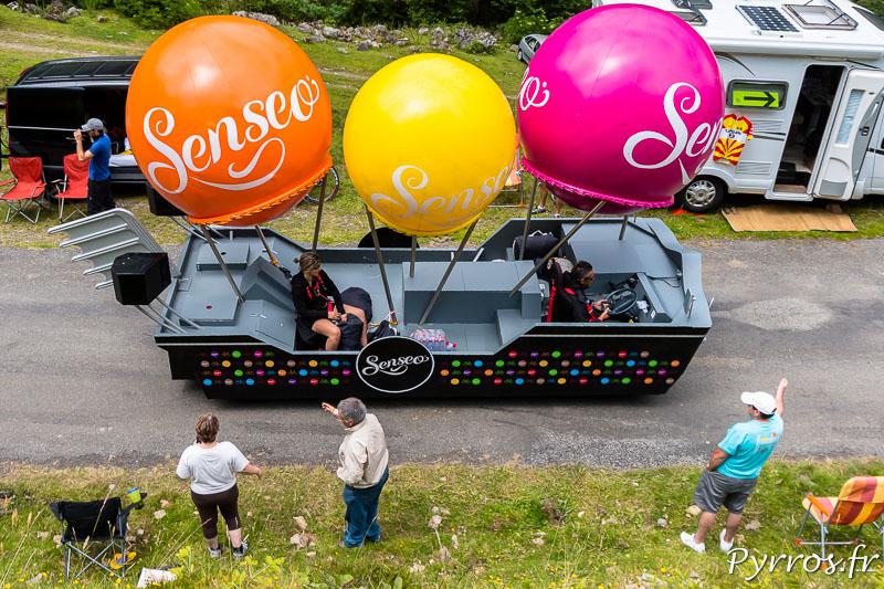 Caravane publicitaire du Tour de France dans le port de Balès, Senseo