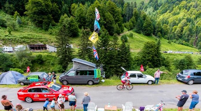 Tour de France dans le port de Balès, le porteur du maillot à poids, Joaquim RODRIGUEZ (TEAM KATUSHA) est en difficulté