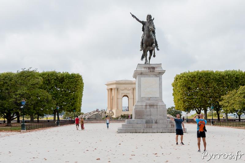 L'esplanade du Peyrou et la statue équestre du Roi Louis XIV