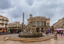 Place de la Comédie avant l'orage, la Fontaine des Trois Grâces et l'opéra Comédie