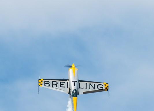 Aude Lemordant en démonstration dans le ciel de la base aérienne de Francazal