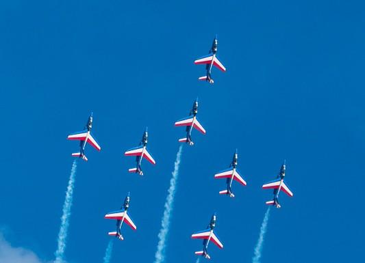 LA Patrouille de France en formation Rafale