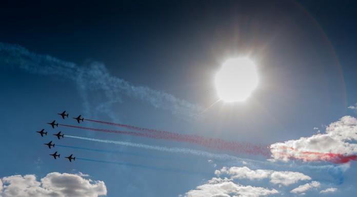 Patrouille de France en formation Jato dans le ciel de Gimont