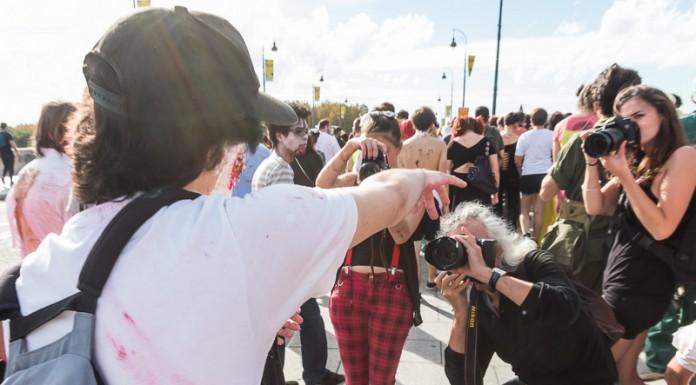 Les photographes tentent de réaliser la photo de la marche des zombies 2014 de Toulouse