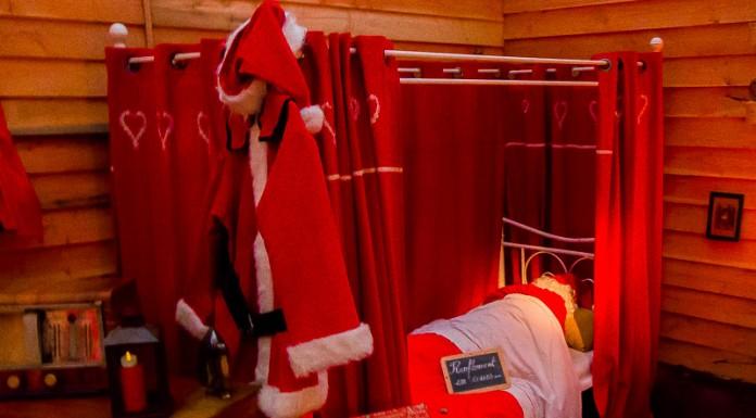 Le Père Noël est encore endormi