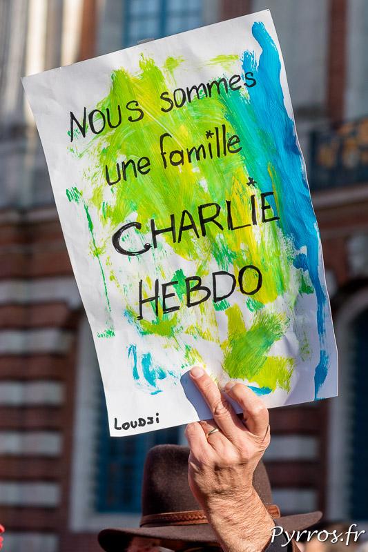"Nous sommes une famille ""Charlie Hebdo"""