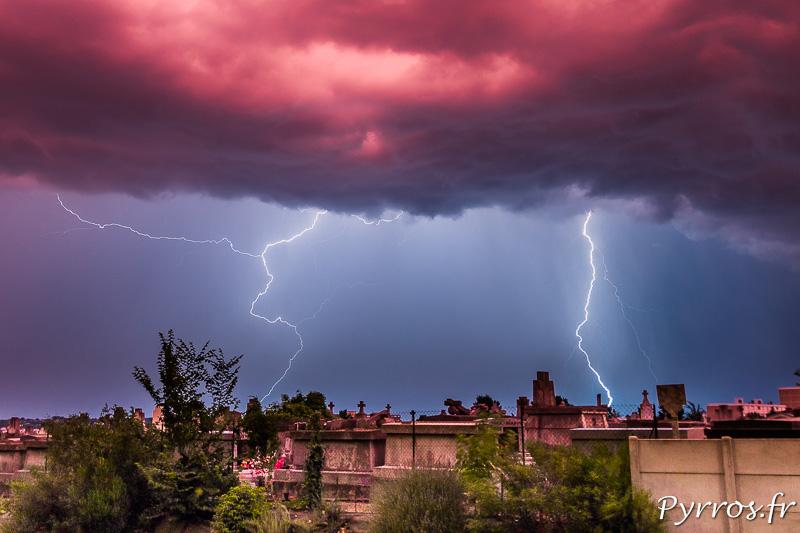 Photographier l'orage de jour avec une cellule de déclenchement