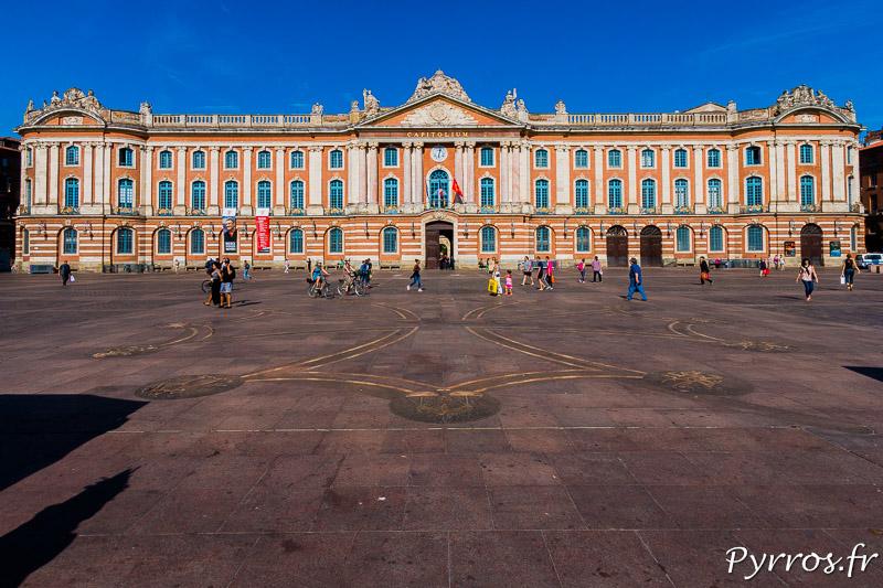Le Capitole sous le soleil