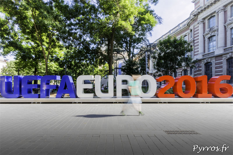 Sculpture UEFA EURO 2016 à Toulouse