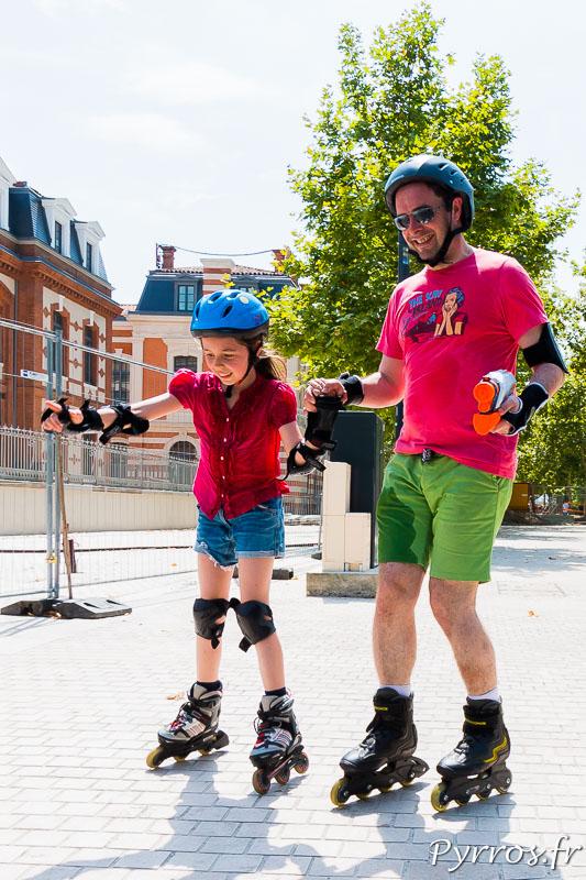 Roulez Rose propose une randonnée roller rafraichissante pour les enfants mais les adultes sont aussi de la partie