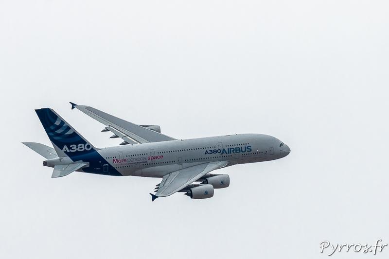 Airbus A380 passage à l'anglaise