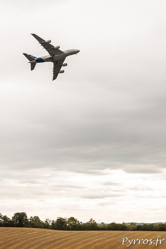 L'airbus A380 dans le ciel de Gimont