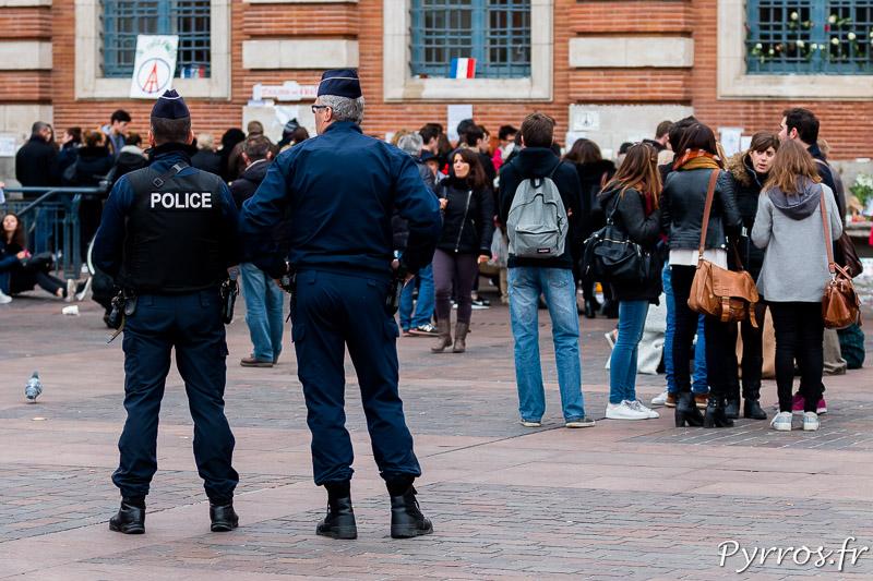 La police veille à la sécurité des toulousains