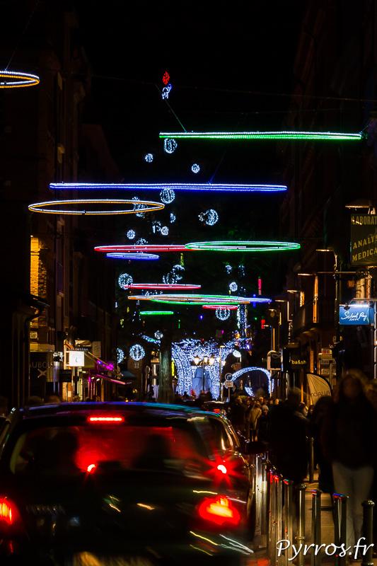 Des ovnis dans le ciel ? non des illuminations de Noël à Toulouse