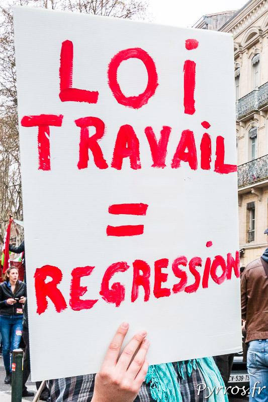 Pour les travailleurs la loi travail est une régression