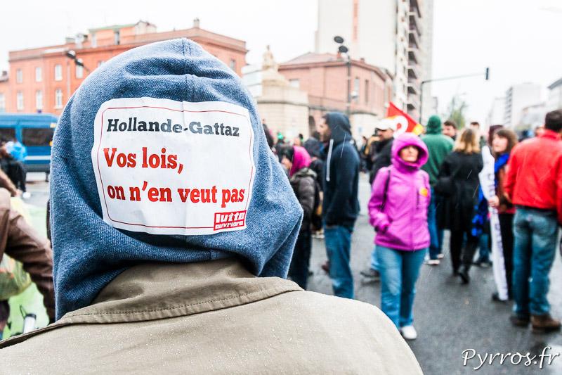 Les manifestants considèrent que Hollande mène la politique de Gattaz