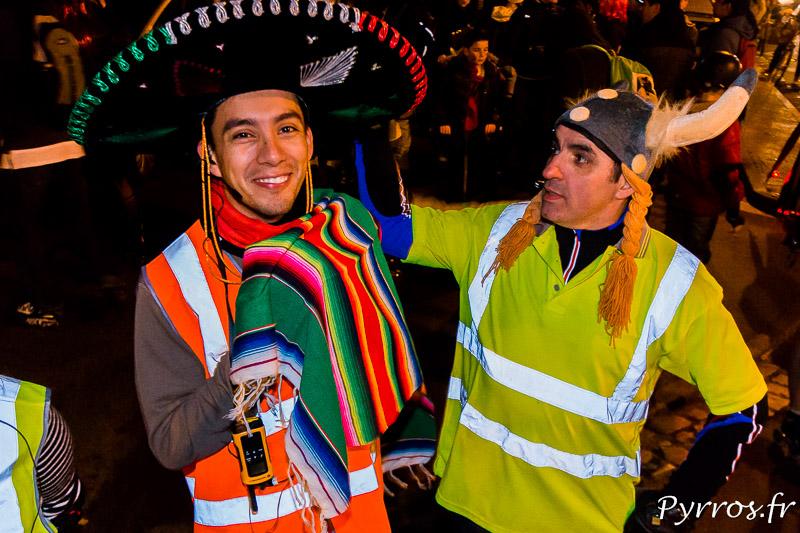 Quand un viking rencontre un mexicain lors de la randonnée Carnaval