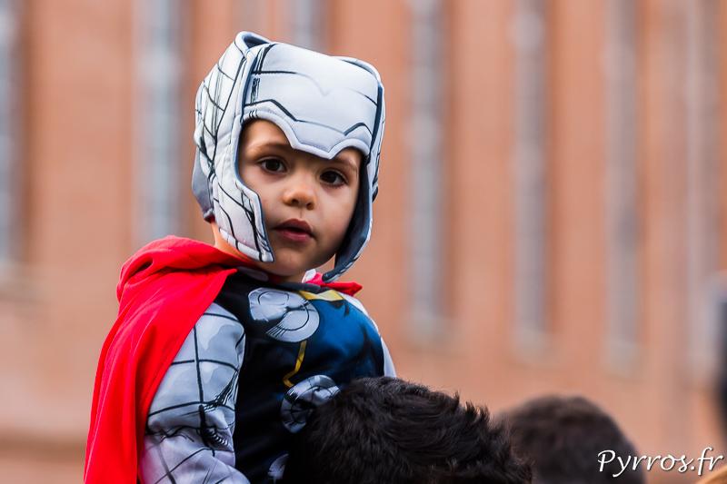Un jeune super Héro lors du Grand Carnaval 2016 de Toulouse