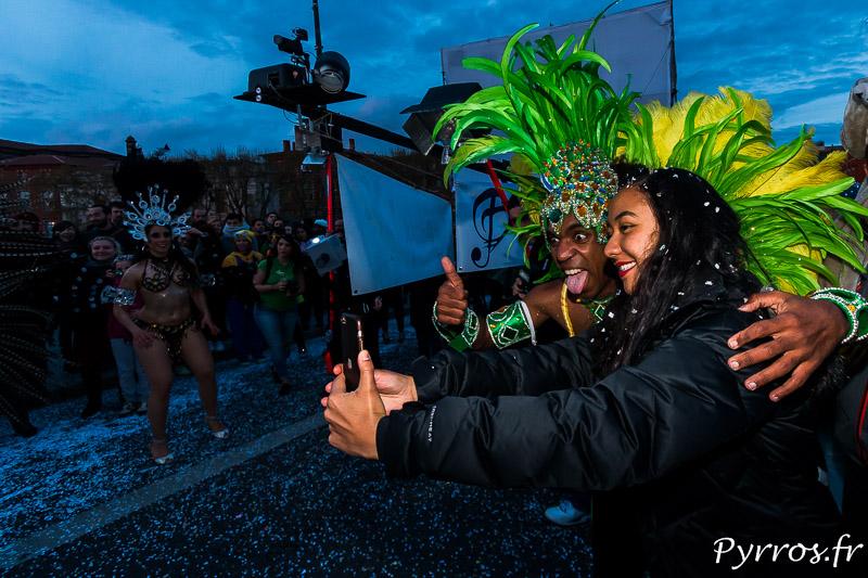 Impossible de résister à un selfie durant la parade