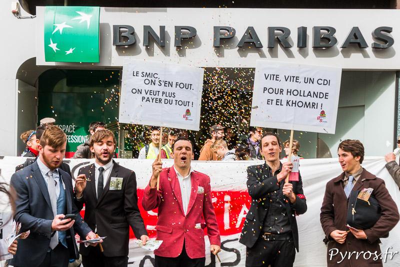 Les patrons solidaires, devant l'agence de BNP Paribas à Toulouse