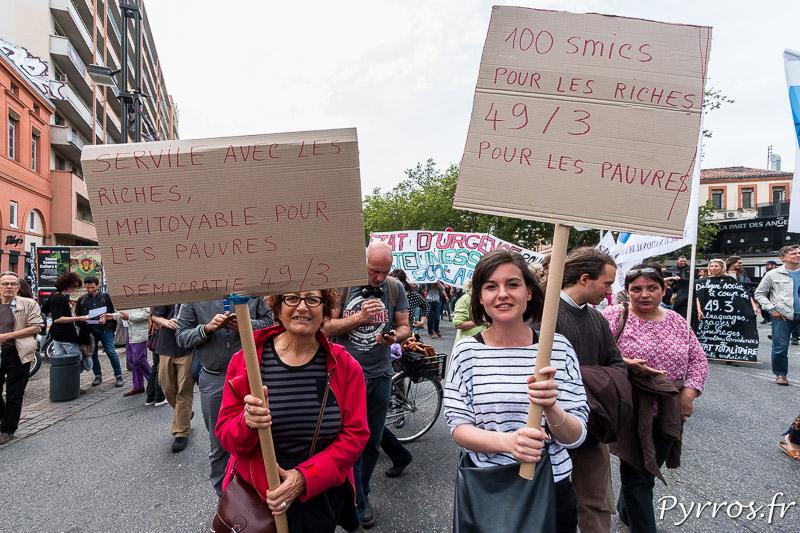 Certains manifestants protestent toujours contre l'utilisation du 49.3